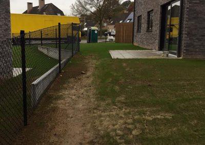 Omgevingswerken - aanleg gras tuin en afsluiting